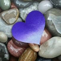 s-_blue_heart__wet_rocks