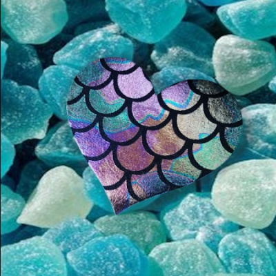 s-_larger_mermaid_scales_heart__blue_salted_rocks